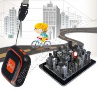 Компактный GPS трекер с тревожной кнопкой SOS и функцией телефона (голосовая связь)
